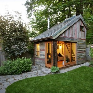 dreveny-domcek-zahrada-prostredie